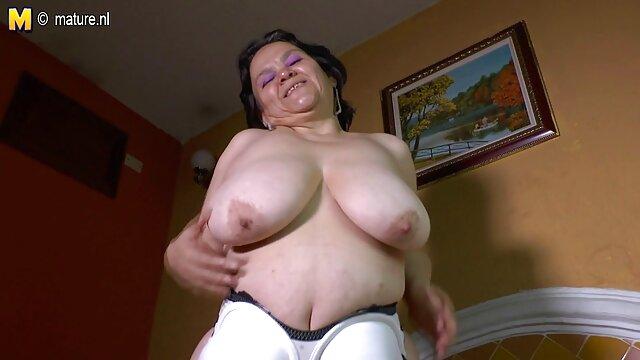 Schöne Teen Melanie Bekommt Sperma Auf pornofilme mit alten Ihren Arsch