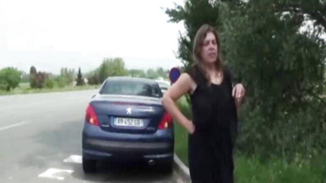 Dreier mit heißen sexfilm alte frau Reifen Frau in Strümpfen