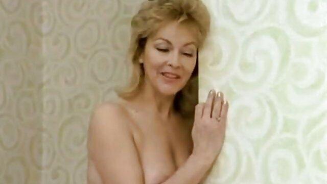 Russische alte weiber pornofilme Schlampe öffentliche ficken