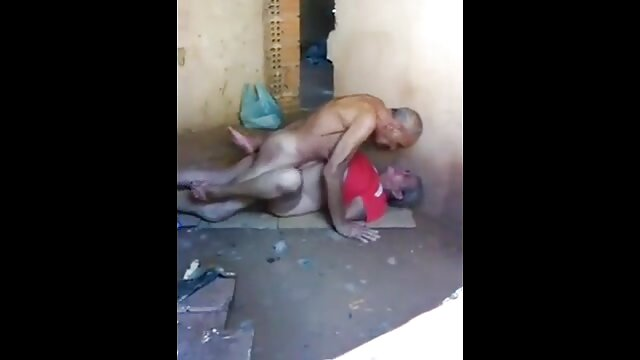 Dildo sexfilme reife frauen in Ihrem Arsch zum ersten mal