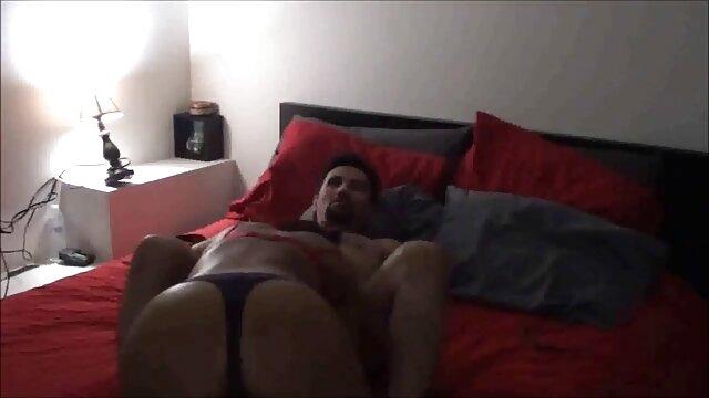 Amateur Puppe ist pornofilme mit alten weibern satt