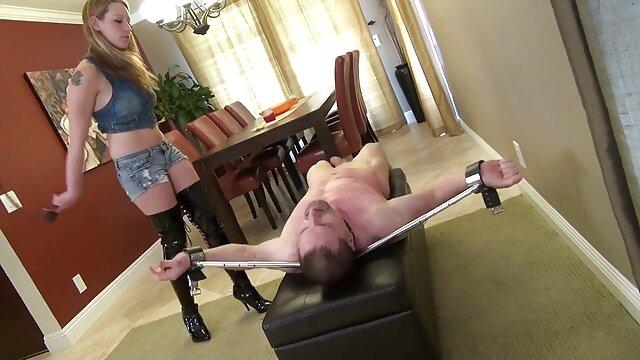 Wunderschöne erotische high heel Damen zu necken, Füße, Beine, Fetisch in nylons sexfilm alte frau stilettos