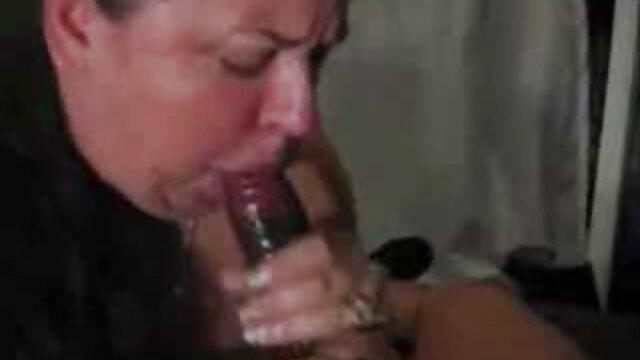 Barely pornofilme mit alten Legal Saugt Daddy ' s Dick & nicht 4get Die Bälle