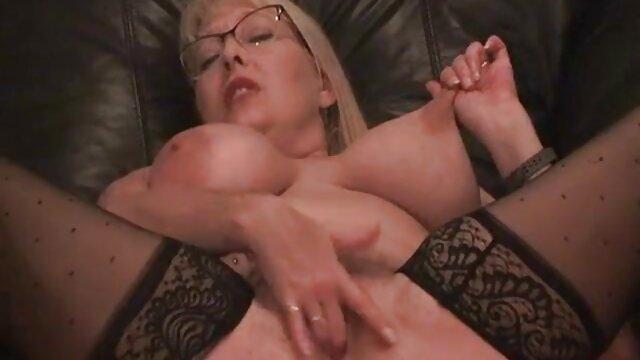 schlucken seine frische Ladung kostenlose sexfilme mit älteren frauen