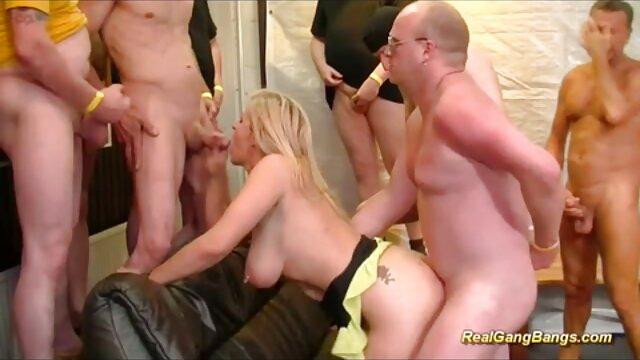Teen pornofilme alte Topless Handjob